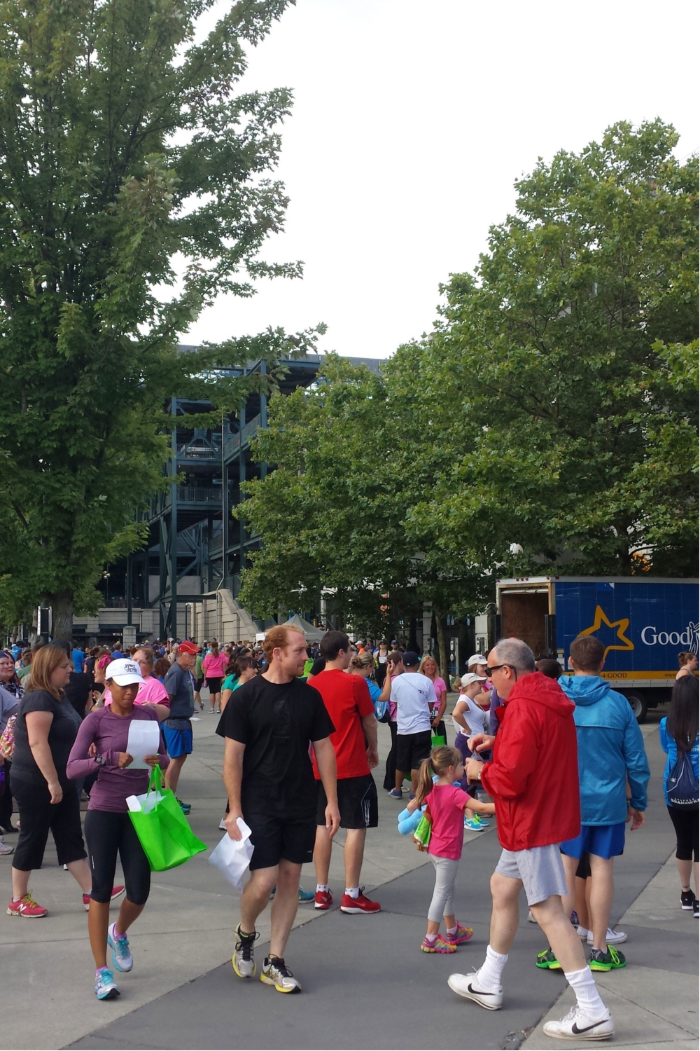 Mariners5k2014_crowd