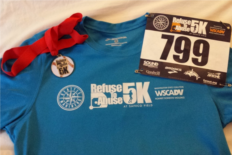 Mariners5k2014_goodies