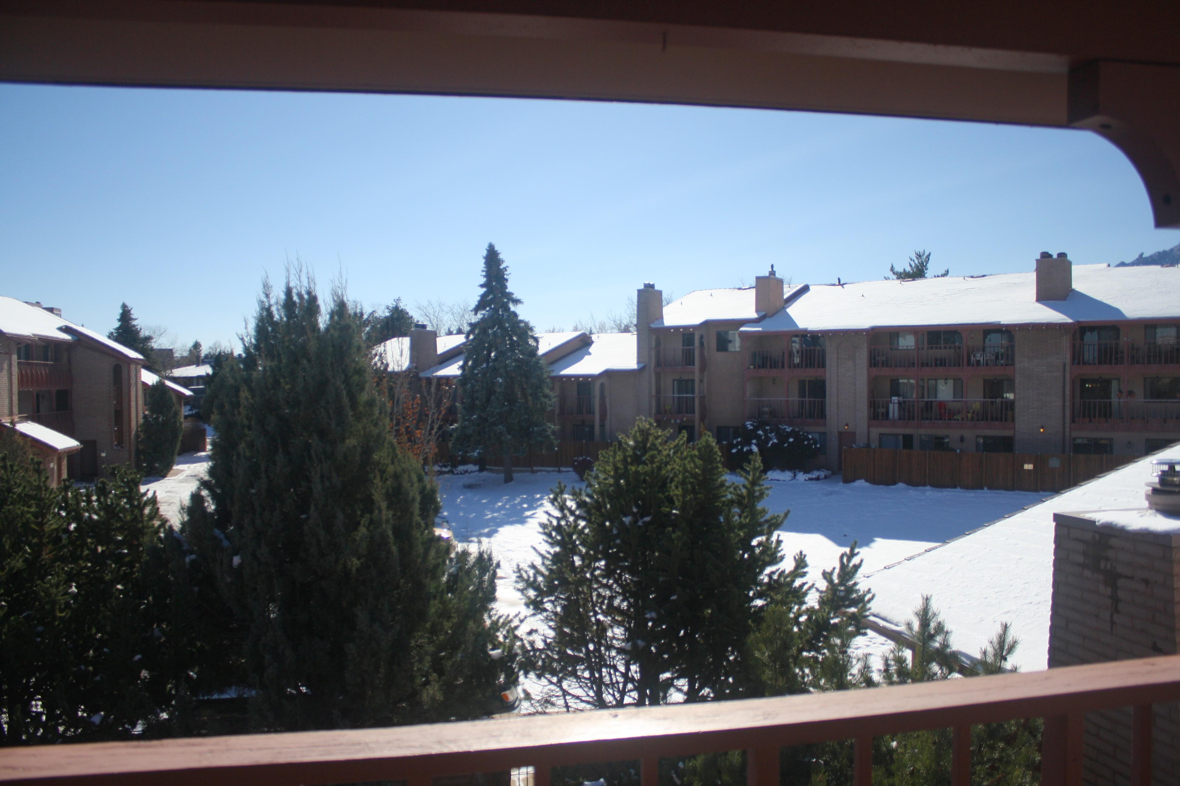 balcony S