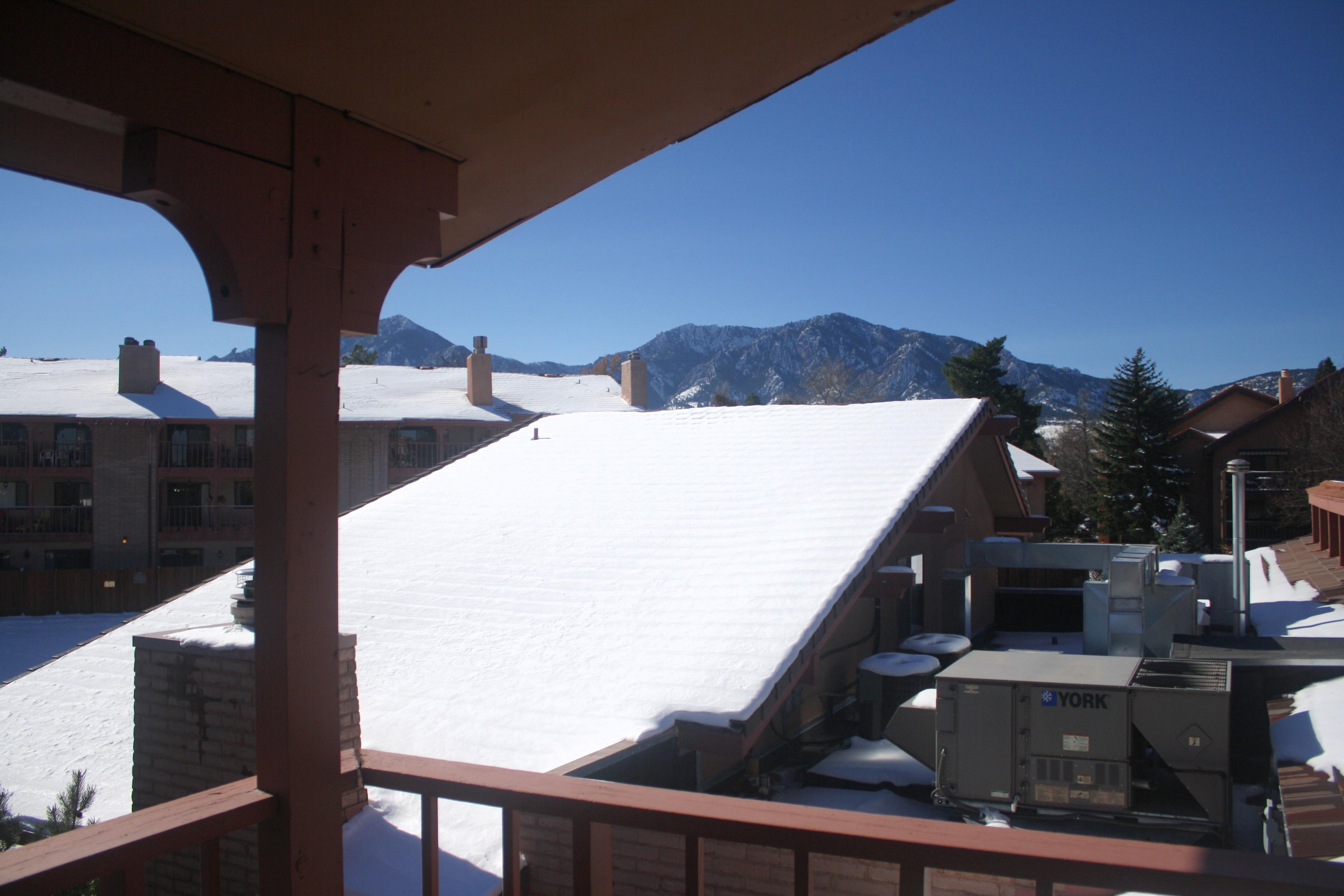 balcony W